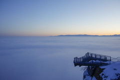 Over The Clouds (CoolMcFlash) Tags: sky skywalk hohewand loweraustria austria view cloud winter twilight landscape nature canon eos 60d sunlight himmel wolken wolkendecke cover weather wetter niederösterreich österreich aussicht wolke abend landschaft zwielicht sonnenlicht horizont horizon fotografie photography natur tamron b008 18270 gebirge mountains berg fog nebel