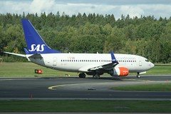 DELETE (IndiaEcho) Tags: scandianavian airlines airline system sas sk stockholm arlanda airport airfield arn essa sigtuna sweden canon eos 1000d civil aircraft aeroplane aviation airliner jet marsta uppland