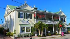 Key West (Florida) Trip 2017 7238Ri 9x16 (edgarandron - Busy!) Tags: florida keys floridakeys keywest butterflyhouse keywestbutterflyandnatureconservatory building buildings