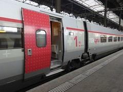 Basel: TGV Lyria (harry_nl) Tags: switzerland schweiz 2017 basel sbb bahnhof tgv lyria 4401 sncf sbbcffffs tgvpos