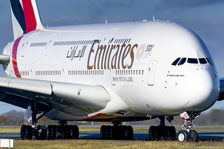 A388 A6-EEZ EMIRATES AIRLINES