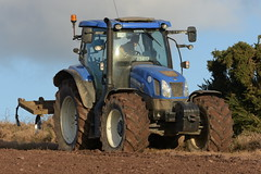 New Holland T6.155 Tractor with a Grubber (Shane Casey CK25) Tags: new holland t6155 tractor grubber cultivator harrow blue newholland cnh nh shannagarry traktori traktor trekker tracteur trator ciągnik sow sowing set setting drill drilling tillage till tilling plant planting crop crops cereal cereals county cork ireland irish farm farmer farming agri agriculture contractor field ground soil dirt earth dust work working horse power horsepower hp pull pulling machine machinery grow growing nikon d7200 wheat winter