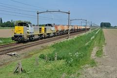 2016  98697  NL (Maarten van der Velden) Tags: nederland netherlands niederlande paysbas paesibassi paísesbajos langeweg nmbs nmbslogistics nmbs7775 train47601