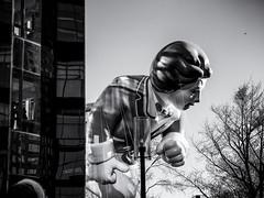 Ronald McDonald (Feldore) Tags: macy macys newyork ronaldmcdonald thanksgivingday apartment balloon huge inflatable parade sinister feldore mchugh em1 olympus 1240mm