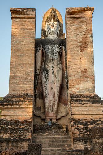 Wat Mahathat Standing Buddha