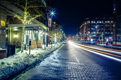 Winter night (Arutemu) Tags: a7rii america american ilcea7rii sony sonya7rii tokinarmc2870mmf4 us usa city manualfocus mirrorless night nightstreet nighttime nightscape nightshot urban cityscape ciudad citylights traffic light lights nightview nightfall columbus ohio street scene winter unitedstates 米国 アメリカ 美国 コロンバス 都市 都市景観 都市の景観 都会 街 町 街道 街並み 街灯 夜の街 風景 光景 夜景 冬 寒さ 景色 景観 夕景 夜の景色 夕べ 夕方 暗闇 闇 夜 夜光 夜の町 夜の光 夜中