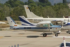 EC-FED (IndiaEcho Photography) Tags: ecfed cessna 152 barcelona sabadell airport airfield lell light general civil aircraft aeroplane aviation spain canon eos 1000d