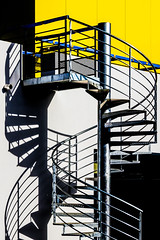 Rennes - Playing with Shadows (Hervé Marchand) Tags: rennes escalier couleur ombre shadow yellow black white urbain details