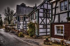 Dorf Düssel (Werner Thorenz) Tags: düssel wülfrath wuppertal mettmann düsseldorf fachwerkhaus timberedhouse velbert wernerthorenz thorenz