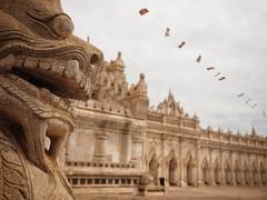 ananda temple (paddy_bb) Tags: olympusomd asia paddybb burma travel myanmar 2017 bagan buddhism southeastasia buddhismus temple ananda