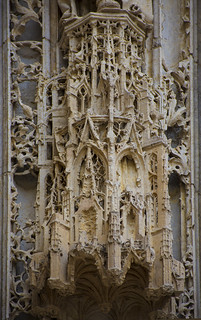Canopy of the right jamb. Rouen, cathedral Notre-Dame, west façade, central portal (ca. 1509-1515).