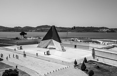 Monumento Combatentes Ultramar (stephgallant) Tags: monochrome blackandwhite bw black highcontrast sunshine monumentocombatentesultramar war warmemorial lisbon portugal europe palaceofbelem belem lisboa water river landscape canon60d canon sigma1020 sigma1020mm sigma wideangle ptbw pt