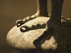 Des Greifen Füße (1elf12) Tags: 7dwf greif kaiserpfalz goslar giebelfigur deutschland germany museum feet füse gryphon griffin griffon