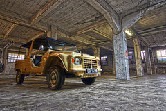 CITROEN MEHARI (David.ADNPics) Tags: alpesmaritimes architecture art mehari carsoflegend automobile legend frenchriviera france nice nizzalabella parking