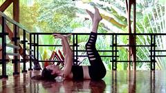 8 Detoxifying Poses + Kundalini Kriyas (yogadivinity) Tags: asana bikram healing pranayama vinyasayoga yoga yogaweightloss