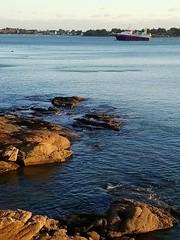 Chalutier rentrant de pêche, Concarneau (Bretagne, Finistère, France) (bobroy20) Tags: chalutier pêche concarneau bretagne finistère mer atlantique océan océanatlantique bateau marinpêcheur métier boat navire littoral