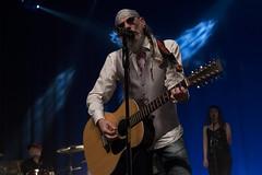 En la imagen se puede ver a 'El Drogas' en un momento del concierto.  Fotografía cedida por el fotógrafo local Óscar Blanco Gutiérrez