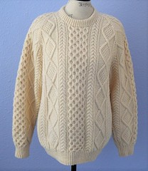 Fisherman aran sweater (Mytwist) Tags: priyama1 handknit knit hand irish aran fisherman 100 wool sweater ivory ireland mens jumper donegal mytwist dublin cabled pattern old passion style jersey laine aranstyle authentic design fashion fetish craft chunkysweater bulky grobstrick retro timeless handgestrickt handknitted unisex honeycomb winter casual weekend weekendsweater tweed