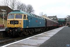 "47402 ""Gateshead"" D3232 ELR Bury Bolton Street 090228 (jim40135) Tags: class47 brushtype4 47402 elr eastlancsrailway brblue"