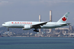 Air Canada (AC/ACA) / 777-233LR / C-FIUA / 11-22-2012 / HKG (Mohit Purswani) Tags: aircanada ac aca 777 777200lr 777200 772 772lr boeing boeing777 boeing777200lr hkg hkia clk vhhh hongkong hongkonginternationlairport widebody civilaviation commercialaviation planespotting aviationphotography cfiua landing arrival finalapproach 7d ahkgap airlines aircraft aviation planes canada