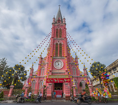 Chúc Mừng Năm Mới (Rakuli) Tags: ifttt 500px steeple building exterior architecture bell tower clock old town famous place square landmark arch church vietnam siagon tet lunar new year ho chi minh city