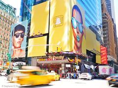 Stéphanie CC Bourgeois NYC Street 27 HR © (Stéphanie Bourgeois) Tags: rain newyork skyscrapper highline brooklyn bronx greenline statueofliberty hudson newjersey usa streetshots streetfood traffic blackwhite bw yellowtaxi peopleofnyc peopleofnewyork graffitis streetart subway thebigapple