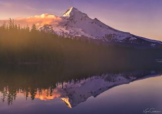 Mt Hood at Lost lake