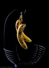 Forgotten (Kerstin Winters Photography) Tags: stilllife abstract still banana basket closeup macro minimal minimalism flickr nikon nikondigital nikondsl nikkor yellow detail nahaufnahme makro abstrakt stillleben obst frucht fruit food