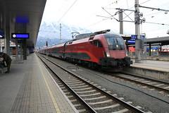OBB 1116 233 met railjet (vos.nathan) Tags: österreichische bundesbahn öbb taurus 1116 railjet 233 innsbruck hbf hauptbahnhof