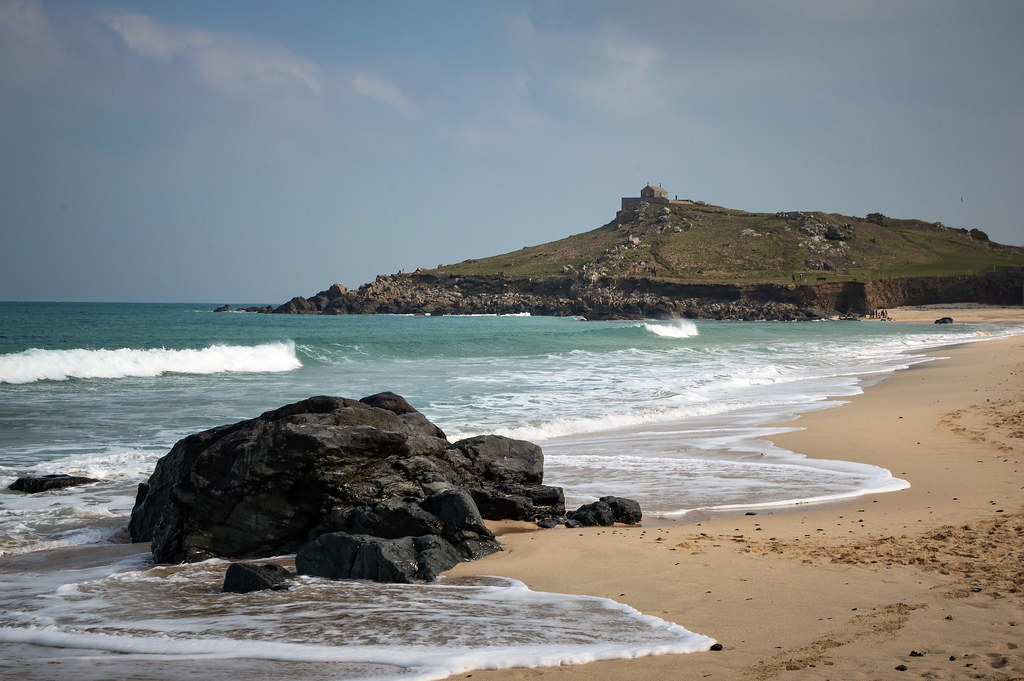 Porthmeor freezing cold at breakfast
