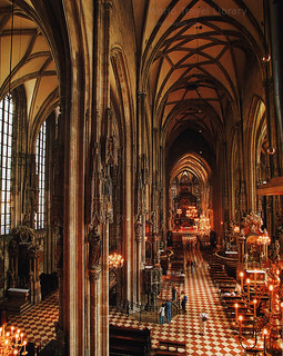 Wien Kaiserstadt - Weltstadt, Kulturmetropole; 2002_2, Stephansdom / St. Stephen's Cathedral, Vienna, Austria