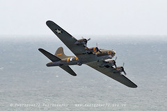 5953 Sally B (photozone72) Tags: eastbourne airshows aircraft airshow aviation canon canon7dmk2 canon100400f4556lii 7dmk2 sallyb b17 b17bomber usaf warbirds wwii