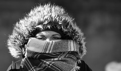 Out In The Cold (Photographer : Hans Stellingwerf) Tags: amsterdam damamsterdam straatfotografie streetphotography nederland netherlands holland mensen people straatmoment hansstellingwerf portret portrait