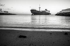 Barco fantasma 👻 (- Antonello -) Tags: nave canaries canarie island canary ghostship fantasma barco lanzarote arrecife telamon