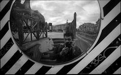 img202 (Jurgen Estanislao) Tags: paris france jurgen estanislao noir black white street photography analog film voigtlaender bessa r4m colorskopar 28mm f35 eastman kodak doublex