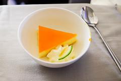 Pinacolada cheese cake (A. Wee) Tags: auckland newzealand nz fijiairways 斐济航空 businessclass 商务舱 公务舱 inflight meal cheesecake dessert 甜品