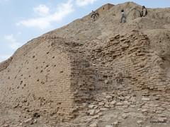 Nippur (10).JPG (tobeytravels) Tags: iraq nippur nibru sumeria sargon akkadian elamites kassite neoassyrian ahurbanipal seleucid ziggurat temple fortress sassanid parthian