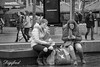 Patatje met (Digifred.) Tags: digifred 2018 amsterdam nikond500 nederland netherlands holland iamsterdam straat street city grachten streetphotography blackwhite blackandwhite monochrome toeristen candid tourist rembrandtplein girls girl streetportrait multitasken mobilephone cellphone