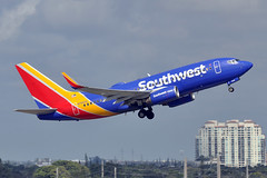 N7842A  B737-73V(WL)  Southwest Airlines (n707pm) Tags: n7842a boeing 737 b737 737700 737wl airport airplane aircraft airline southwest southwestairlines fll kfll fortlauderdale florida usa 04022018 fortlauderdalehollywood cn30237