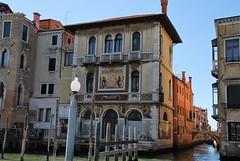 Venecia (Italia, 17-6-2017) (Juanje Orío) Tags: 2017 venecia venezia italia italy patrimoniodelahumanidad worldheritage canal agua water pintura puente bridge