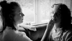 scan0007 (5)-2 (Anders Österberg) Tags: analog girls teens teenagers tonåringar puttingonmakeup