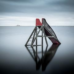 Off-season i Skeppevik (J.Blomqvist) Tags: kalmarlän sverige se skeppevik slide rutschkana minimalism calm offseason vatten longexposure långexponering