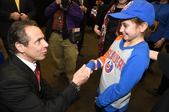 Governor Cuomo Announces New York Islanders to Return to Long Island Next Season - Three Years Ahead of Schedule (governorandrewcuomo) Tags: newyorkstate governorandrewmcuomo nassaucounty uniondale nassaucoliseum nycbliveatnassauveteransmemorialcoliseum newyorkislandershockey nhl nationalhockeyleague newyork