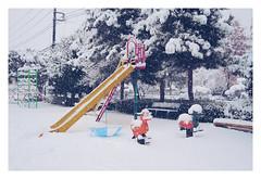 Playground (aoishikaku) Tags: 埼玉 saitama 入間 iruma 公園 playground umbrella snow nopeople