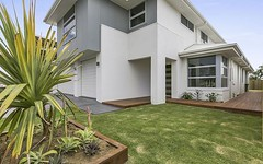 2 Commodore Place (off Hargreaves Road), Manly West QLD