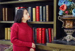 Anna (Hai PT) Tags: vietnam lamdong dalat storylove sonyalpha portrait indoor girl young a7m2 fe55