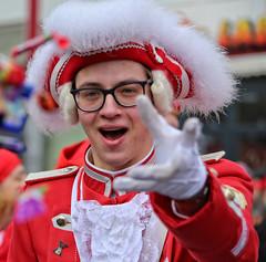 Eschweiler, Carnival 2018, 047 (Andy von der Wurm) Tags: karneval kostüm costume carnival mardigrass eschweiler 2018 kostüme kostueme nrw nordrheinwestfalen northrhinewestfalia germany deutschland allemagne alemania europa europe female male girl teenager smiling smile lachen lächeln lustforlife groove portrait lebensfreude verkleidung verkleidet dressed bunt colorful colourful karnevalsumzug karnevalszug carnivalparade andyvonderwurm andreasfucke hobbyphotograph funkenmarie funkenmariechen