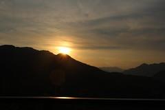 salida del sol (hinakomotoki) Tags: sol mirador salidadelsol unamañana sky cielo sunrise puertovallarta