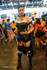 Japan Expo 2017 4e jrs-87 (Flashouilleur Fou) Tags: japan expo 2017 parc des expositions de parisnord villepinte cosplay cospleurs cosplayeuses cosplayers française français européen européenne deguisement costumes montage effet speciaux fx flashouilleurfou flashouilleur fou manga manhwa animes animations oav ova bd comics marvel dc image valiant disney warner bros 20th century fox star wars trek jedi sith empire premiere ordre overwath league legend moba princesse lord ring seigneurs anneaux saint seiya chevalier du zodiaque