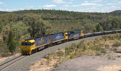 Two Indians and a Slave (Henry's Railway Gallery) Tags: nr27 nr26 nrclass an4 anclass ge emd diesel goninan ugl clyde pn pacificnational freighttrain steeltrain 1yn2 yn2 whyalla newcastle bumberry centralwestnsw indianpacific gsr greatsouthernrail